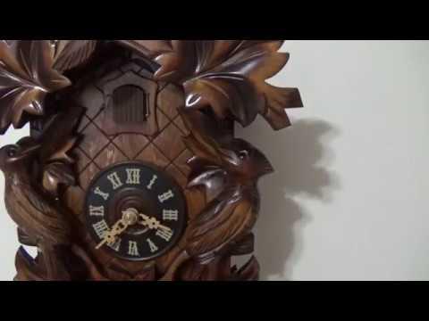 f6f095cce51 relógio cuco mecânico a corda semanal alemão 632 8. Carregando zoom.
