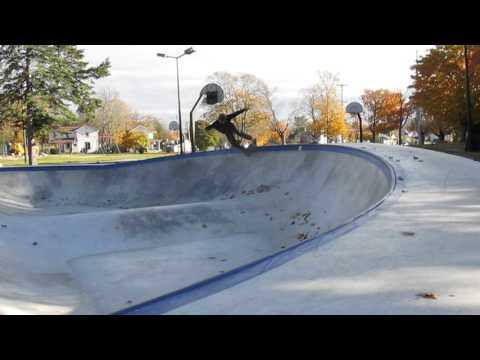 Frankfort skatepark skating