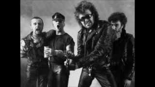 Anti Nowhere League - Streets Of London (Birmingham '81)
