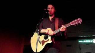Ari Hest - Come Home [Beachland Tavern 06.22.08]