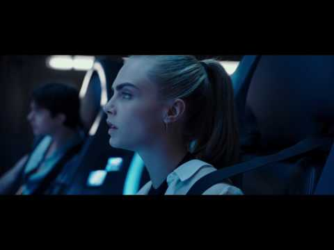 Valerian and the City of a Thousand Planets (Clip 'Leaving Exo Space')