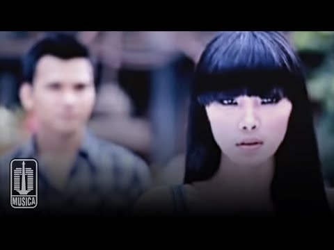 Kahitna - Aku Punya Hati (Official Music Video)