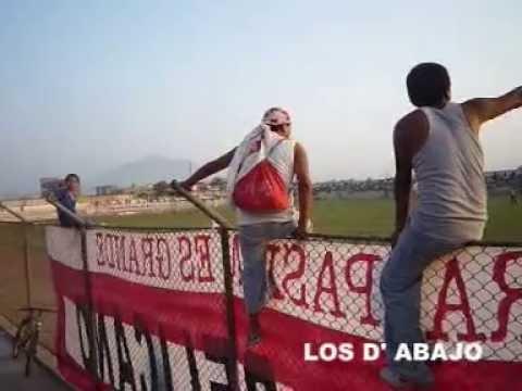 """""""Barra Popular LOS D' ABAJO"""" Barra: La Banda del Pelícano • Club: Unión Huaral"""