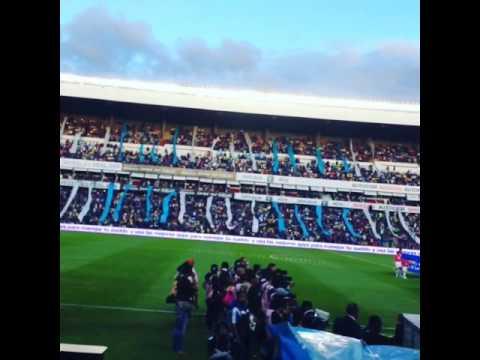 """""""Recibimiento a Gallos Blancos"""" Barra: La Resistencia Albiazul • Club: Querétaro"""