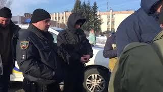 Поймали охранников, которые игрались  в Гаишников