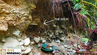Finding Gold With Big Oxidized River Gravels!