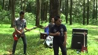 Download lagu Nurani Band Bulan Dan Bintang Mp3