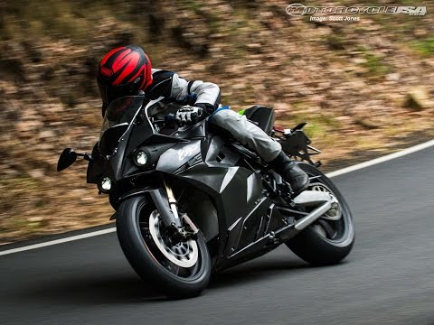 2015 Energica Ego Electric Sportbike Quick Ride – MotoUSA