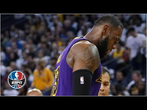 5097dbc3468e9 LeBron James leaves with groin injury as Lakers blow out Warriors on  Christmas