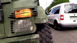 Военный Бронеавтомобиль Попал в ДТП.