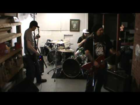 Meantooth Grin - Rehearsal in Seth's Basement - New song Magnolia