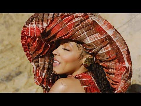 Tinashe le dio vida a Pasadena
