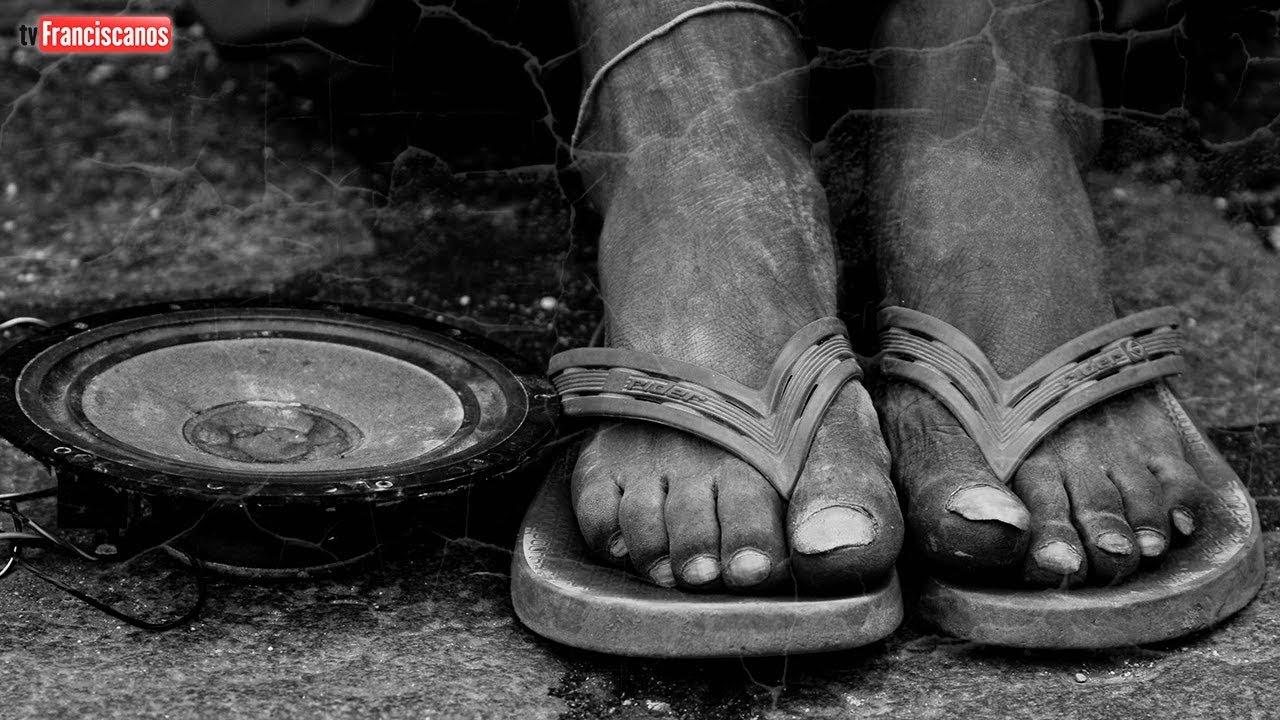 Caminhos do Evangelho   33º dom. do Tempo Comum – Dia Mundial dos Pobres
