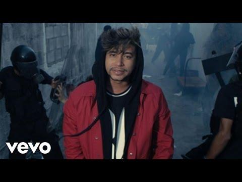 Eso Me Quilla - El Poeta Callejero (Video)