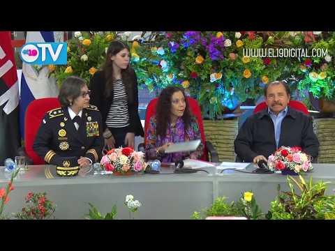 Comandante Daniel Ortega condecora a Secretario General de la Interpol