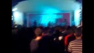 preview picture of video 'TOOTHPASTE AND KETCHUP - LANGKAH HARI INI (at GOR EWANGGA KUNINGAN 7/04/2012)'