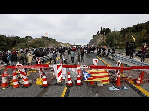 Καταλονία: Μπλόκο σε κομβικό αυτοκινητόδρομο