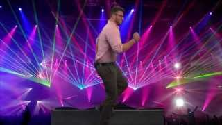 How To Attract Women On The Dance Floor thumbnail
