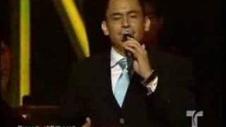 Mariano Barba - Es virgen tu corazon (Live)