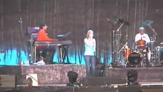 Dido  03   See You When You`re 40 Live@ Frankfurt Openair 11th July 2004