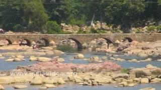 Betwa River in the city of Orchha, Madhya Pradesh