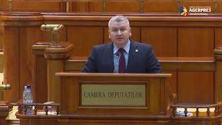 Roman către Dăncilă: Sunteţi un prim-ministru mânjit pe mâini cu sângele românilor