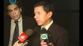 preview picture of video 'Gobernador Amarilla denuncia a Albino Ferrer por desvío de fondos'