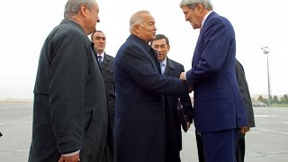 US Secretary of State Kerry visits Uzbekistan, holds talks in Samarkand 11/1/15