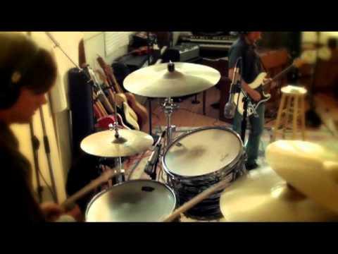 The Common Revolution - Free Electron (Live in the Studio)