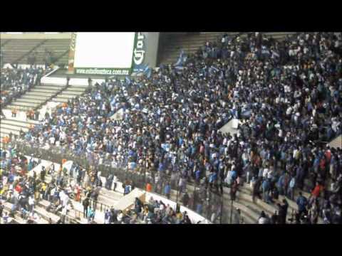 """""""LSA ALENTANDO A PESAR DEL MAL MOMENTO DEL EQUIPO 2-03-2013"""" Barra: La Sangre Azul • Club: Cruz Azul"""