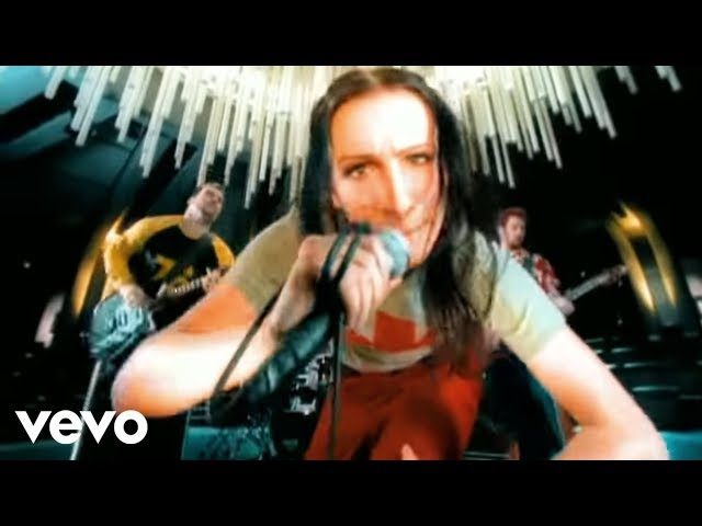 Guano-apes-big-in