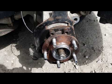 Infiniti M35 -  Front Wheel Bearing Replacement