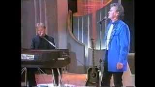 AIR SUPPLY NO DOMINGÃO DO FAUSTÃO 1995