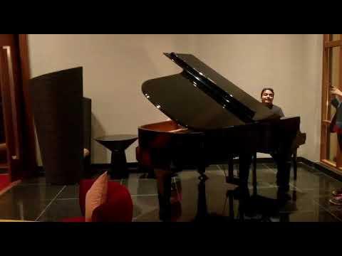 Vaibhav Pewal - Tum Hi Ho Cover... #Grand Piano...