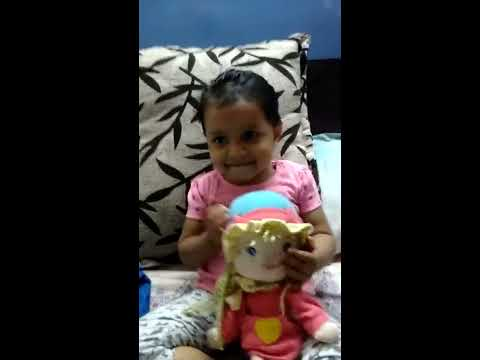 Katy Perry roar song by 2 year old yana