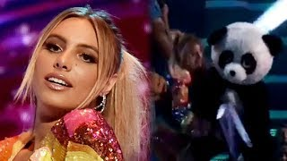 Lele Pons Awkwardly FALLS Onstage While Hosting the 2018 Teen Choice Awards