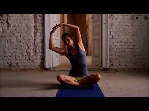 Jak swing mięśnie w ramionach w środowisku domowym wideo