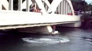 preview picture of video 'Anahulu Bridge Jumpers 7-19-10.wmv'