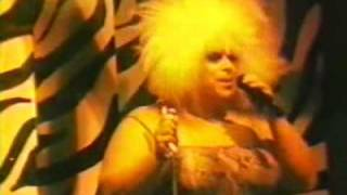 Divine in Concert - I'm So Beautiful live at 1470 West