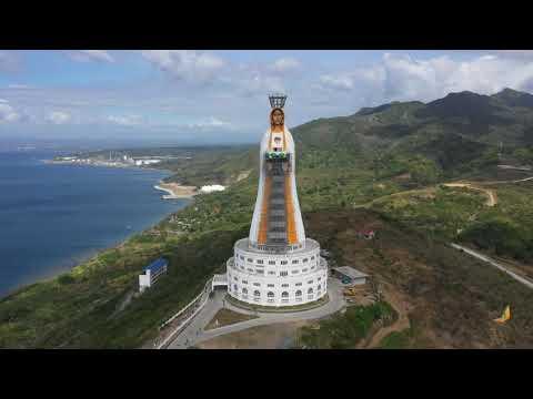 Estátua está sendo construída em um local de peregrinação nas Filipinas