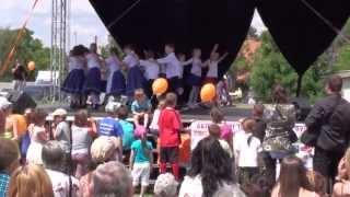 preview picture of video '2012. 05. 27. - Városi Gyermeknap, Árgyélus Tánccsoport (FULL HD)'