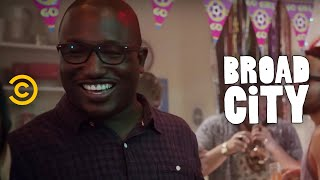 Broad City - Exclusive - Meet Lincoln