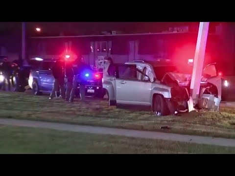 Home invasion suspect crashes stolen car in Warren