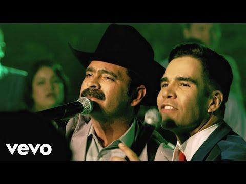 Me Gusta Vivir De Noche/ Amor Platónico/ Mundo De Amor (Medley)