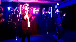 Max and Harvey Counting Stars- HMV Oxford Street- 21/10/17