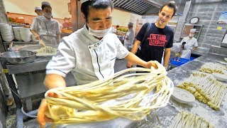 Chinese Street Food MUSLIM Hand Pulled Noodle Tour in Xi'an, China - EXTREMELY SATISFYING