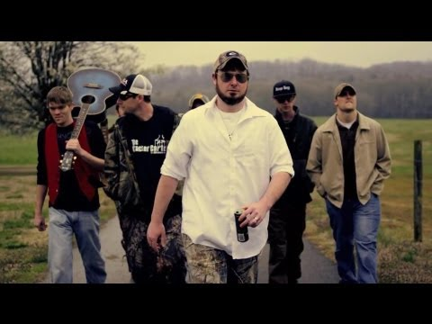 "Jawga Boyz - ""Chillin In The Backwoods"" feat. Young Gunner (OFFICIAL MUSIC VIDEO)"