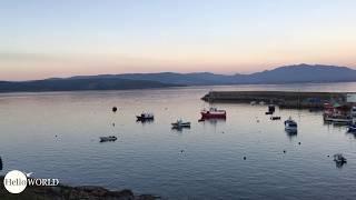 Am Hafen von Finisterre bei Sonnenuntergang