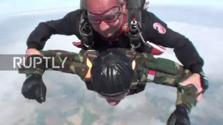 Italy: See ex- WWII para celebrate 96th bday by leaping out of plane