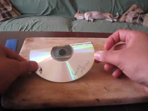 Soporte para celulares con un CD